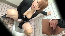Hottest Chicks Masturbate In Toilet